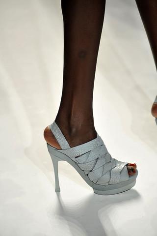 Rebecca-Taylor-Detail-spring-fashion-2010-055_runway