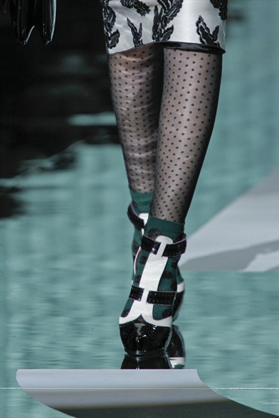 Marc Jacobs Fall 2011 N.Y Show, White & Black Patent Leather Oxford T-Bar Sandals