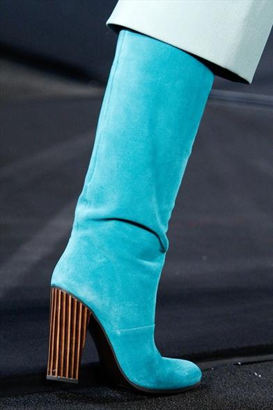 Diane Von Furstenberg Fall 2011 N.Y Show, Turquoise Suede