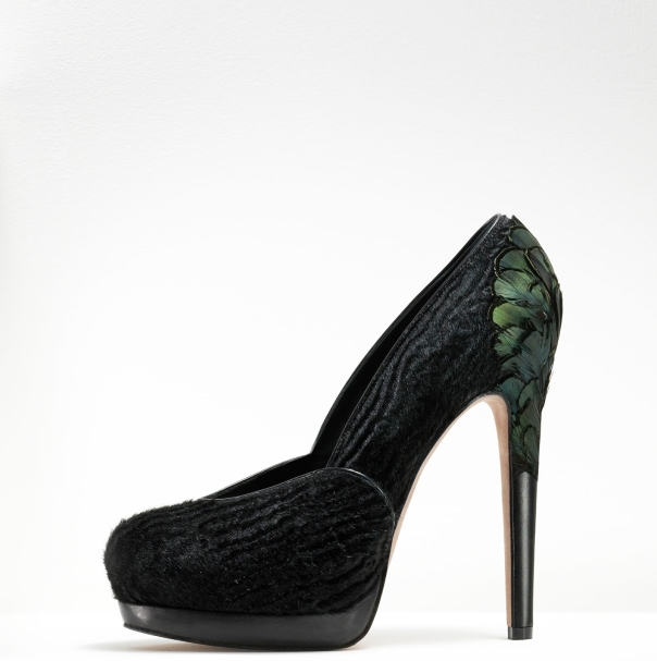 Gaetano Perrone Fall 2011, Black Ponyhair Pump with Green Feathers