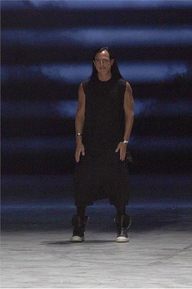 Rick Owens Spring 2012 Paris Fashion Show