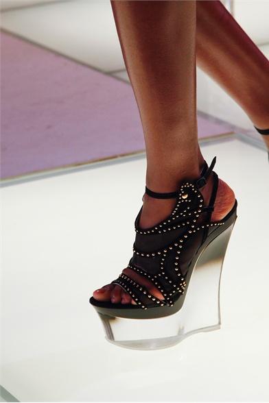 Versace Spring 2012 Milan Show