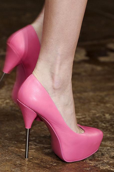 Cushnie et Ochs Spring 2012 NY Fashion Show