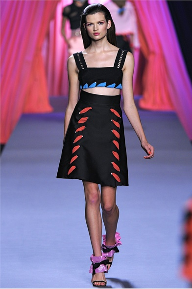 Viktor&Rolf Spring 2012 Paris Fashion Show