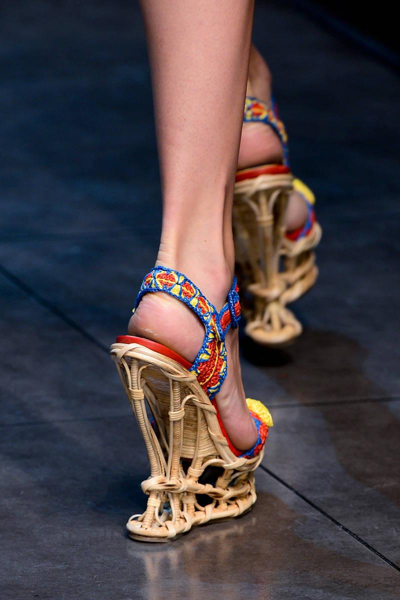 Dolce and Gabbana Spring 2013 Milan Fashion Week Show | R ... Дольче Габбана Обувь 2013