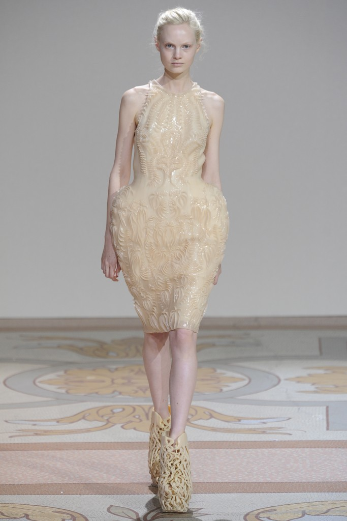 Iris van Herpen Fall 2...D Link Admin Password
