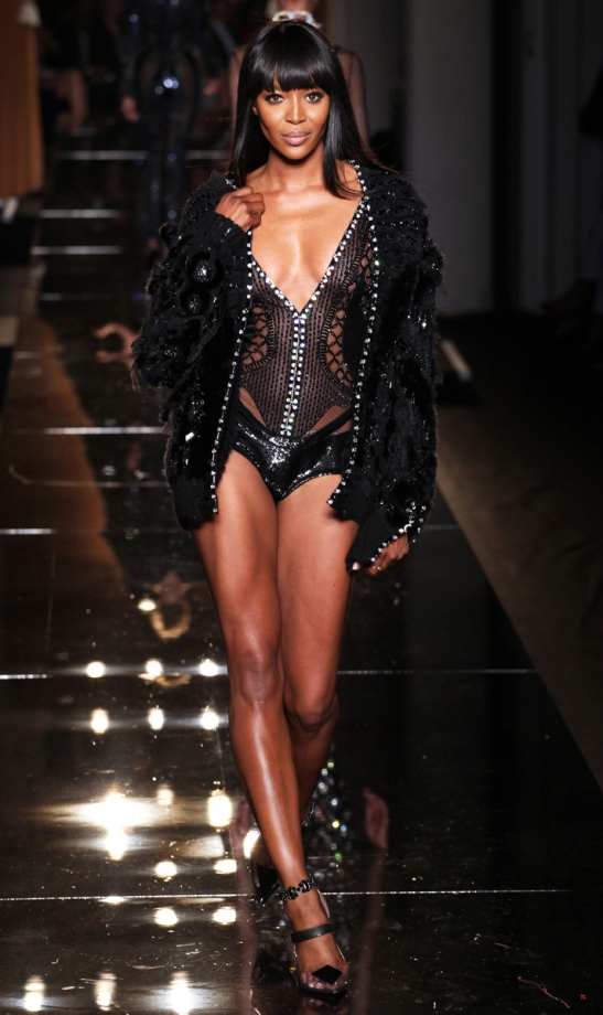 versace-couture-fall-2013-31_101259869924