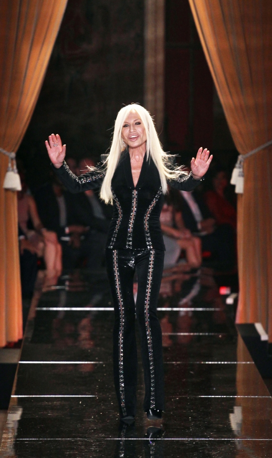 versace-couture-fall-2013-32_101300749616